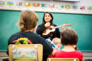 2016-Yanti_Ukulele_Classes_Naramata-34